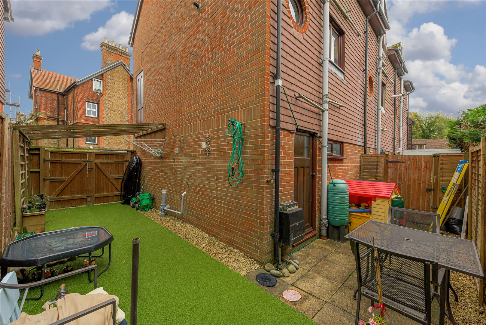 Images for 127 Holmesdale Road, Reigate EAID:RALPHJAMAPI BID:2