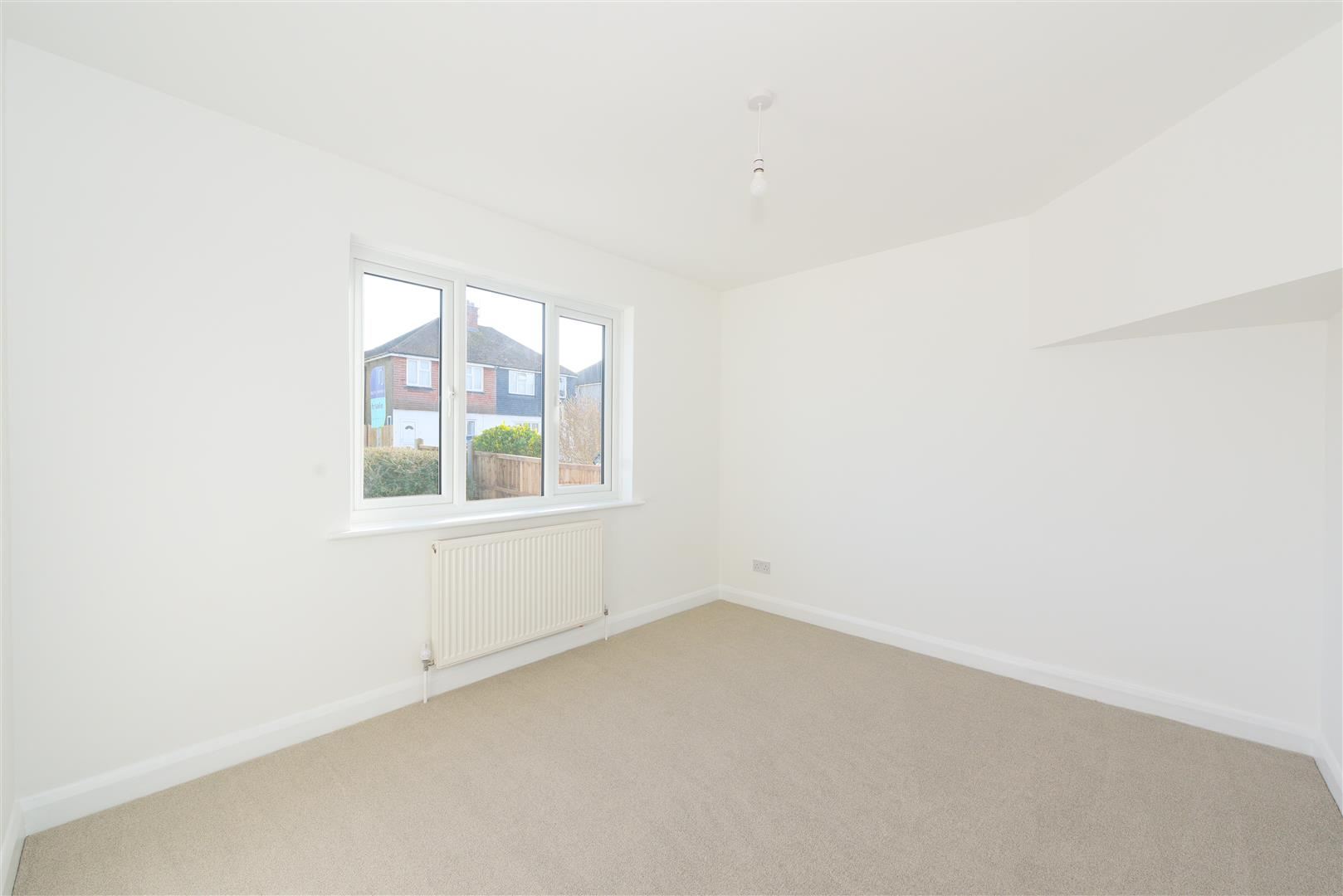 Images for Hanworth Road, Redhill EAID:RALPHJAMAPI BID:1